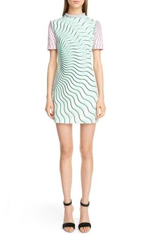 Trông đơn giản vậy mà chiếc váy của Nordstrom có giá 26,3 triệu, nhưng không phải chiếc đắt nhất.