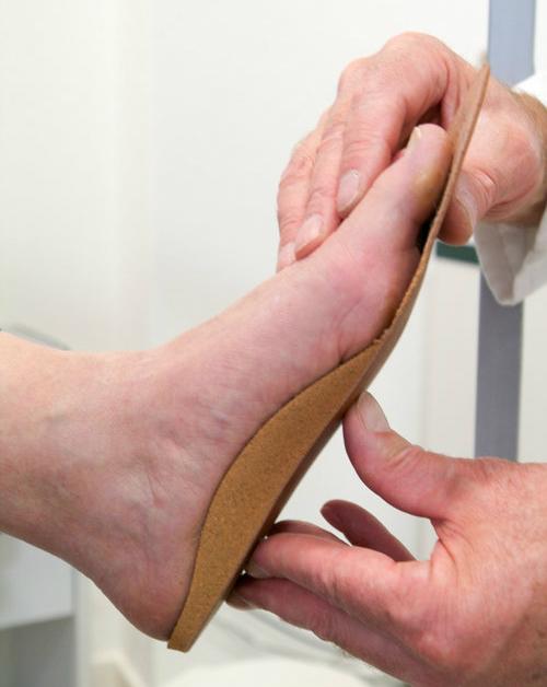 7 chiêu đi giày cao gót chuẩn như mẫu mà không đau - 6