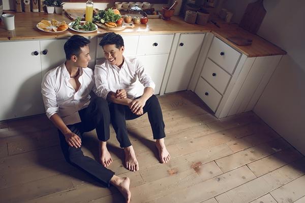 Hành trình nên duyên vợ chồng của John Huy Trần và bạn trai đồng tính - 7