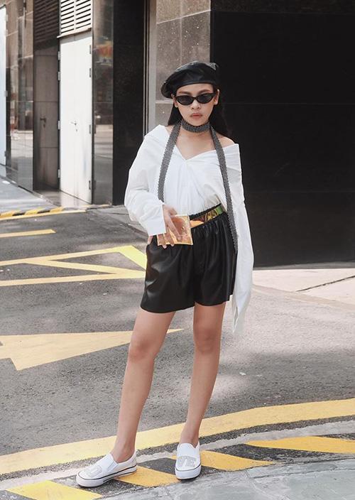 Chân dài Sài thành 12 tuổi đã trang điểm, ăn mặc sexy ra dáng hoa hậu tương lai - page 2 - 5