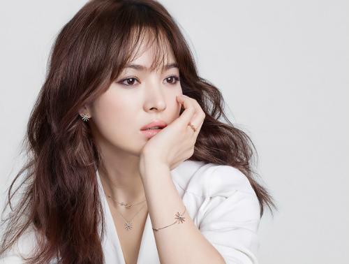 Những lời ví von có cánh dành cho sao Hàn trong ca khúc Kpop  - 6
