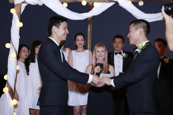Tháng 1/2015, đám cưới của Adrian Anh Tuấn và bạn trai ra tại một resort 5 sao của Nha Trang. Hôn lễ được tổ chức tại một bãi biển có sự chứng kiến của hai bên gia đình cùng những bạn thân thiết trong showbiz như: diễn viên Kathy Uyên, người mẫu Trúc Diễm, Lê Thúy, Tuyết Lan, Thùy Dương... Đây được xem là đám cưới đồng tính đầu tiên của showbiz Việt.  Trong khung cảnh lãng mạn, cả hai thực hiện các nghi thức trao nhẫn, hôn nhau... Thỉnh thoảng, Adrian Anh Tuấn rơi nước mắt vì hạnh phúc. Ngay từ đầu gặp em, anh đã biết mình sẽ dành trọn cuộc đời ở bên em. Anh yêu em ngay từ cái nhìn đầu tiên, NTK tâm sự trong ngày vui.