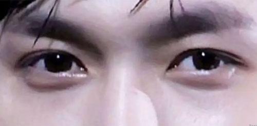 Trổ tài đoán các thành viên EXO chỉ qua đôi mắt - 1
