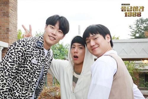 Những khoảnh khắc hài hước thành huyền thoại của drama Hàn - 4