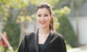 Đông Nhi thần thái rạng ngời trong tour Hoa hậu Việt Nam