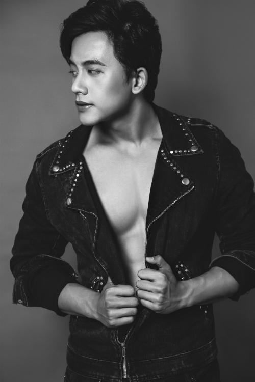 Sau gần nửa năm nổi tiếng, Mai Tài Phến trở lại với loạt ảnh mới khoe vẻ phong trần, nam tính.