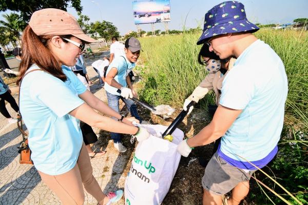 4.000 bạn trẻ thu gom 15 tấn rác trong Ngày trái đất 2018 - 5