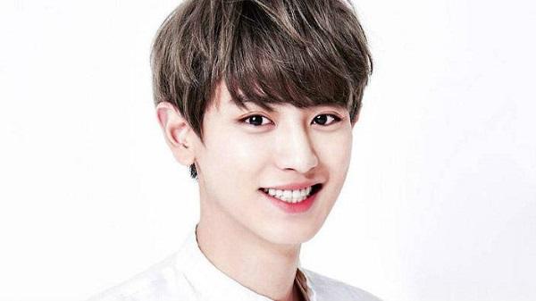 12 chòm sao phù hợp làm bạn gái của thành viên nào trong EXO?