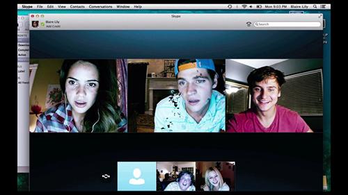 Màn hình webcam chiếm trọn thường lượng mọi cảnh trong phimUnfriended.