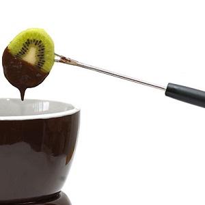 Trắc nghiệm: Cách ăn trái cây với chocolate nói gì về bạn?
