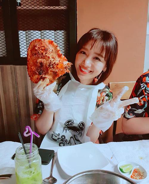 Hari Won tuyên bố đã tăng 2,5 kg nhưng vẫn không thể... ngừng ăn ngon.
