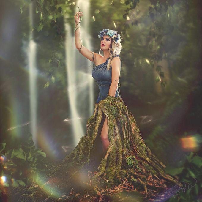 <p> <strong>XỬ NỮ: </strong>Người phụ nữ giỏi việc nhà, đảm việc nước.</p>