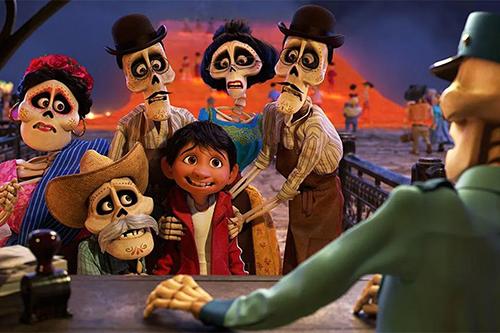 Cảnh xuất sắc trong phim hoạt hình Coco khiến ai cũng rơi lệ - 1