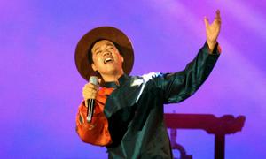 Tấn Sơn đảm nhận nhiều vai trò trong đêm nhạc Trịnh