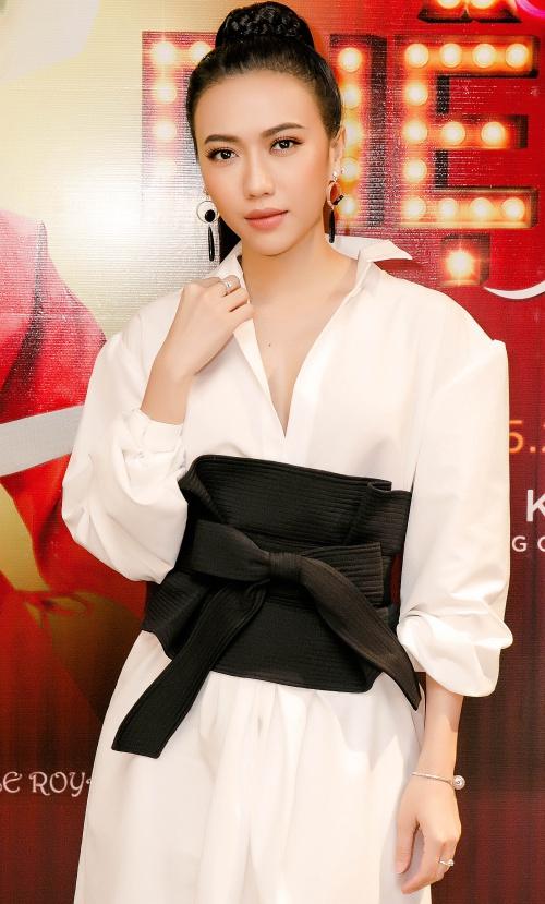 Diệu Nhi không sợ bị Trấn Thành, Thu Trang lấn át khi mời họtham dựminishow cá nhân.