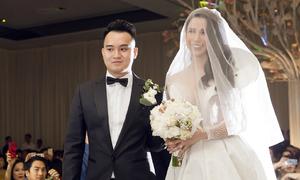 Những khoảnh khắc khó quên trong lễ cưới tiền tỷ của Diệp Lâm Anh