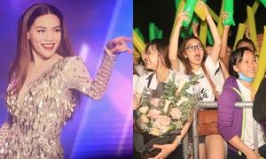 Hà Hồ 'quẩy' nhiệt tình khi fan hò reo tên Kim Lý