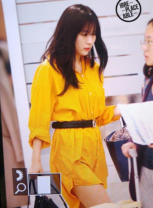 Tông vàng là xu hướng hot trong mùa hè 2018. Seul Gi luôn là thành viên có gu thời trang độc đáo, bắt kịp xu hướng.
