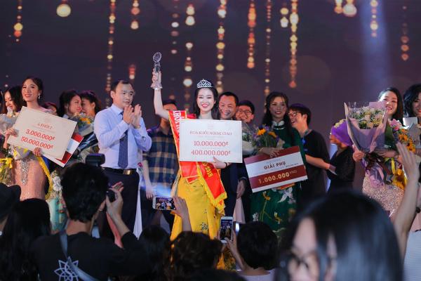 Những hình ảnh ấn tượng của cuộc thi chung kết Hoa khôi Ngoại giao 2018