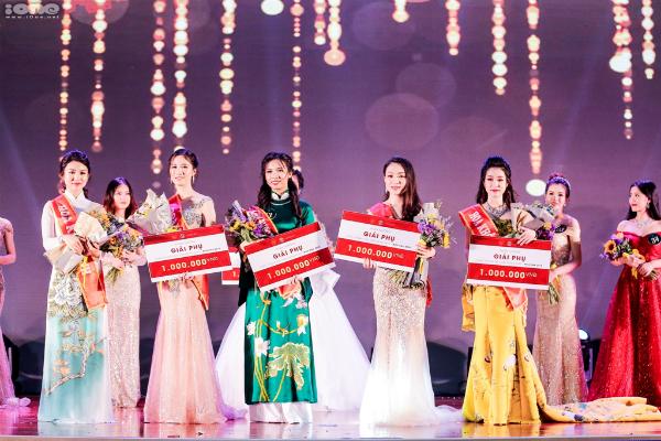 Top 5 nữ sinh xuất sắc Miss DAV 2018.