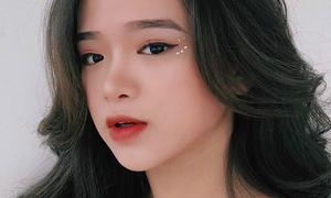 Kiểu trang điểm xinh yêu Linh Ka mê tít