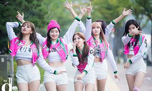 Top 10 girlgroup Hàn là 'cực phẩm' khi mặc đồ nữ sinh cổ vũ