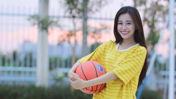 Đầu tháng 5 vừa qua, cô nàng xuất hiện trong chương trình Khúc hát se duyên.