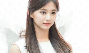 9 idol có ngoại hình như bước ra từ thế giới 'siêu thực'