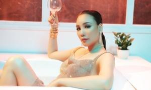 Hồ Quỳnh Hương: 'Tôi không đủ sức để chạy đua với đàn em như Sơn Tùng'