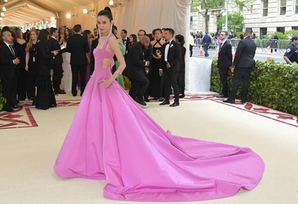 Siêu mẫu Ming Xi.