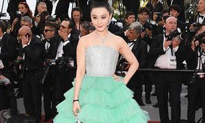Phạm Băng Băng diện váy lỗi mốt trong ngày đầu Cannes 2018