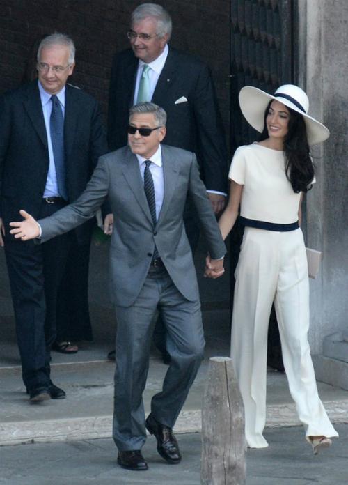 George Clooney và Amal Alamuddin kết hôn ở Ca Farsetti Palazzo, Venice, Italia năm 2014.