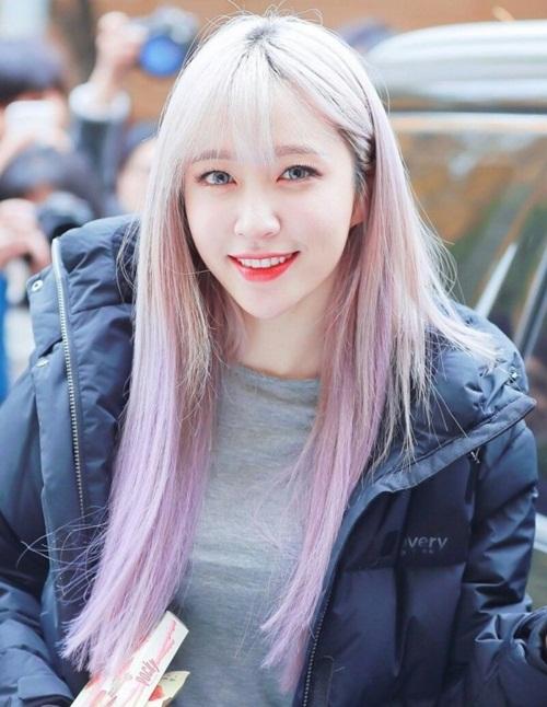 Không nhan sắc, Hani còn sở hữu hình thể chuẩn, khả năng đi show bùng nổ và nhân cách hàng đầu, phù hợp với mọi tiêu chuẩn của JYP.