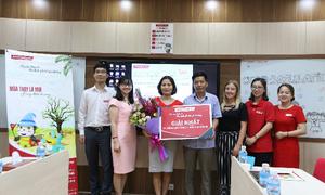 Apax English trao giải thưởng du lịch cho gia đình may mắn