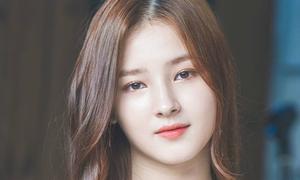 Các nhan sắc hàng đầu Kpop bị nghi 'vào nhầm công ty'