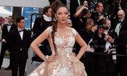 Cannes ngày 2: Lý Nhã Kỳ thay đổi phong cách