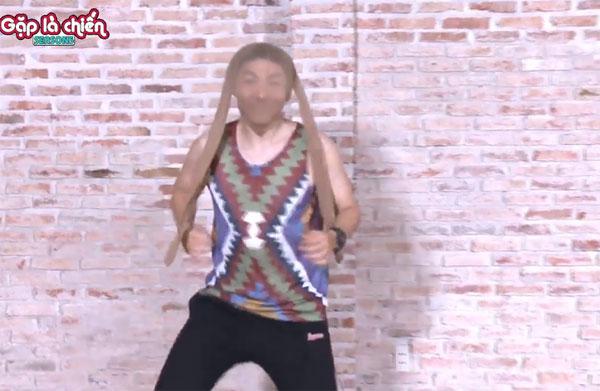 Kelvin Khánh mướt mồ hôi trong phòng tập Aerobic - 8