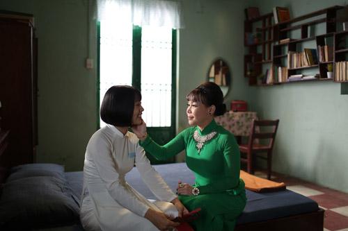 Việt Hương hóa thân thành bà mẹ khắc nghiệt ngăn cấm tình yêu của con gái - 2