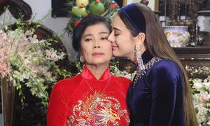 Khánh My, Lâm Khánh Chi, Lệ Hằng: 'Phía sau chúng tôi là nước mắt của mẹ'