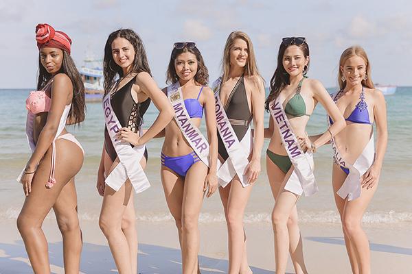 Người đẹp Diệu Linh đang có chuỗi các hoạt động bên lề của cuộc thi Nữ hoàng Du lịch Quốc tế 2018. Các thí sinh được chia thành các nhóm nhỏ, lần lượt tham quan các địa danh du lịch nổi tiếng của tỉnh Rayong (nằm cạnh vịnh Thái Lan).