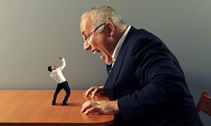 4 đặc điểm thường thấy ở những người có số 'làm quan to sếp lớn'
