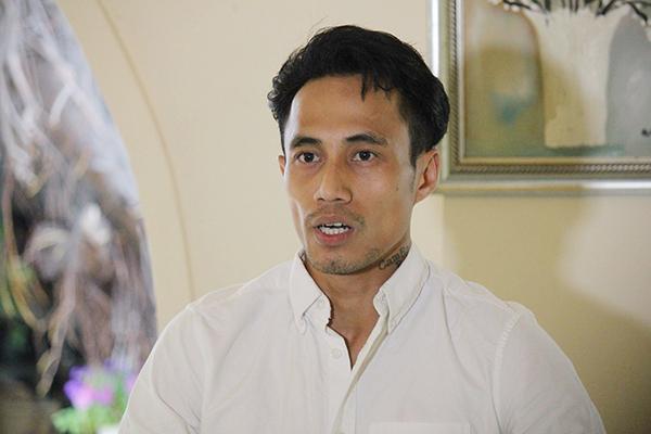 Phạm Anh Khoa tại cuộc gặp gỡ báo chí chiều 15/5.