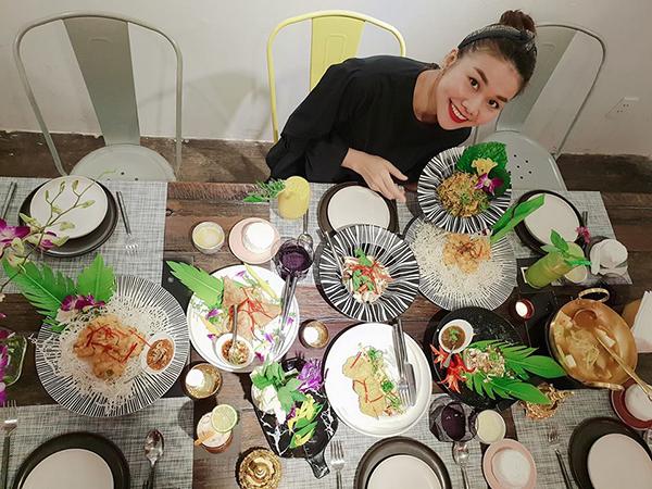 Thanh Hằng tự nhận mình là một chuyên gia trong lĩnh vực nếm đồ ăn.