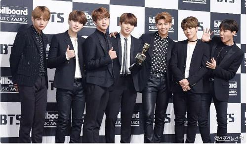 Những lần BTS khiến fan K-Pop há miệng kinh ngạc vì lập kỷ lục thế giới.