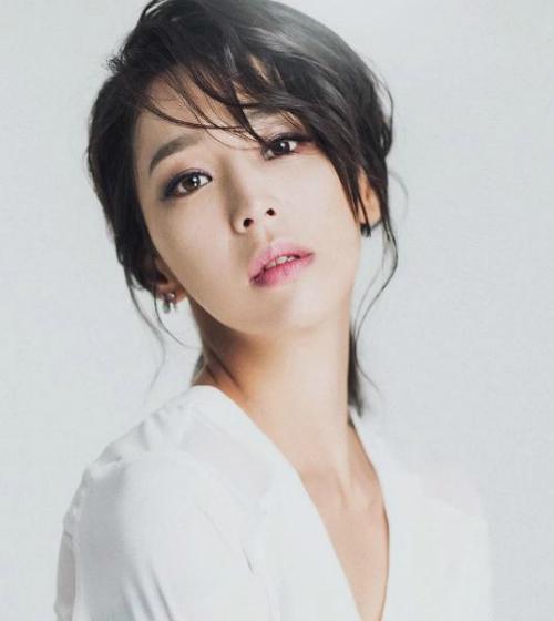 Vẻ ngoài như mới đôi mươi của nữ diễn viênHan Go Eun.