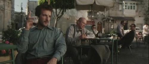 Cảnh nóng khiến đạo diễn lừng danh Steven Spielberg bị phản đối vì vô duyên - 2