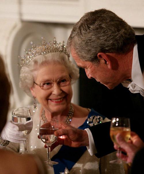 10 nguyên tắc con dâu hoàng gia Anh buộc phải tuân theo - 9