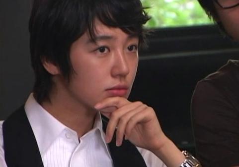 Những cô nàng giả trai vẫn xinh đẹp trong drama Hàn - 1