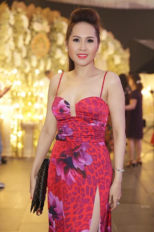 Tuấn Hưng dẫn vợ con dự đám cưới ca sĩ Lâm Vũ - 6