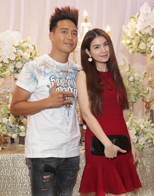 Tuấn Hưng dẫn vợ con dự đám cưới ca sĩ Lâm Vũ - 9
